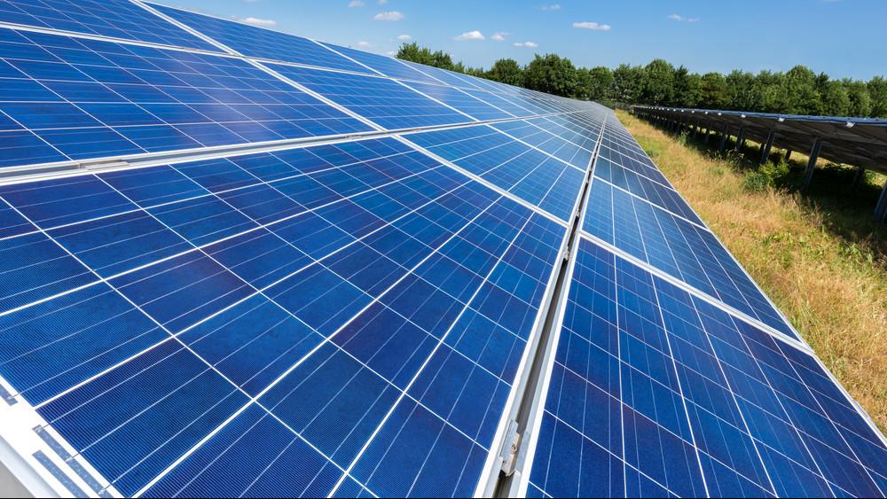 Új napelempark épül hazánkban: a gigaberuházás 8-9 év alatt fog megtérülni