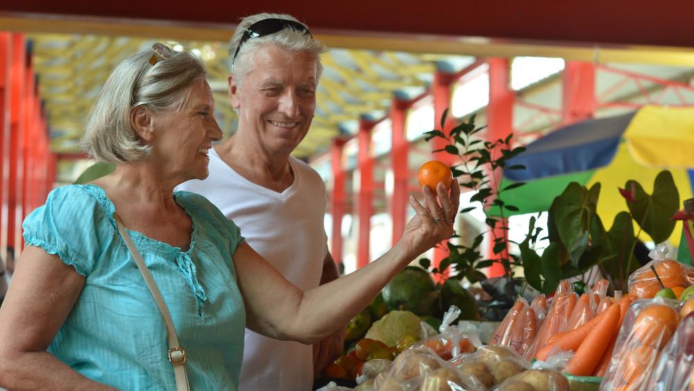 Bejelentették: novemberben ennyi kiegészítést kapnak a nyugdíjasok