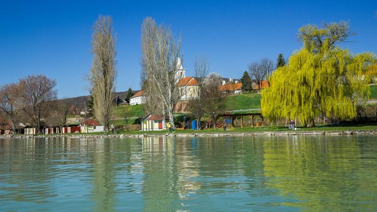 Valami érik a Balatonnál: tényleg ezen múlik a térség jövője?