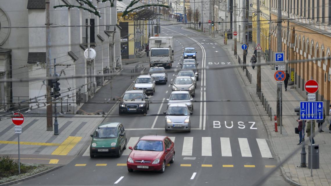 Felmérik az autók környezetvédelmi állapotát: ezekben a városokban lesznek mérések!