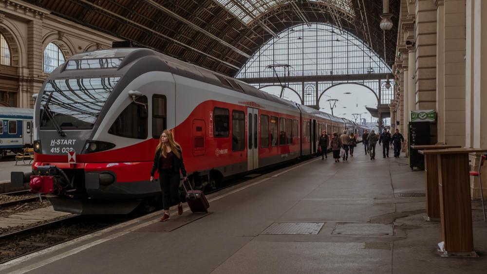 Ezt ne hagyd ki: 4 napig féláron utazhatsz vonattal!