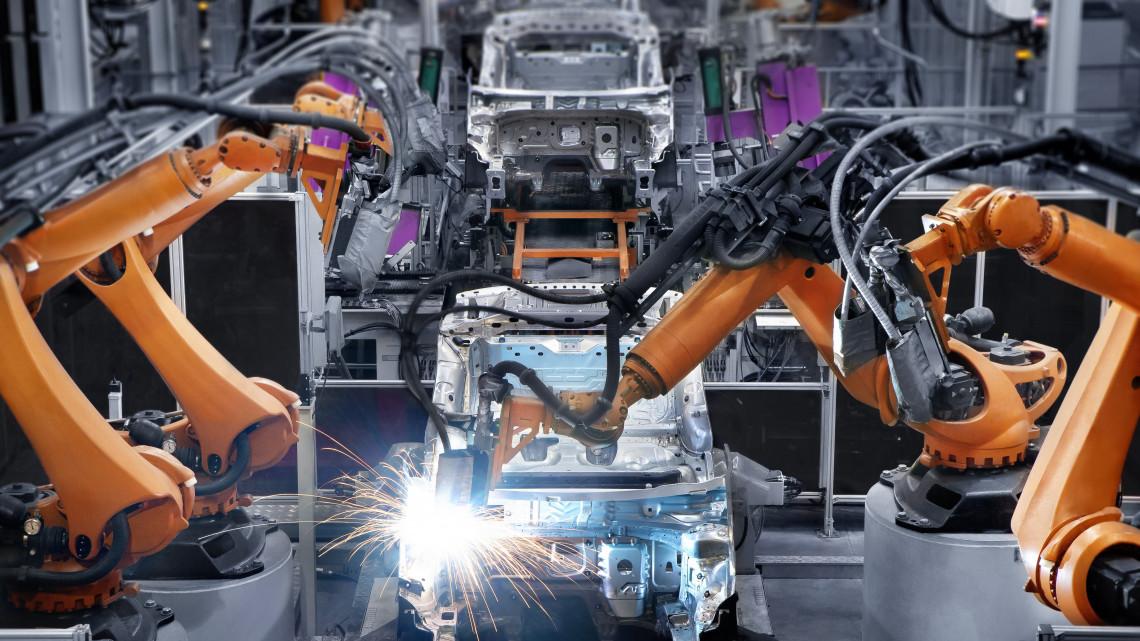 Itt a bejelentés: új autógyár érkezik Nyugat-Magyarországra