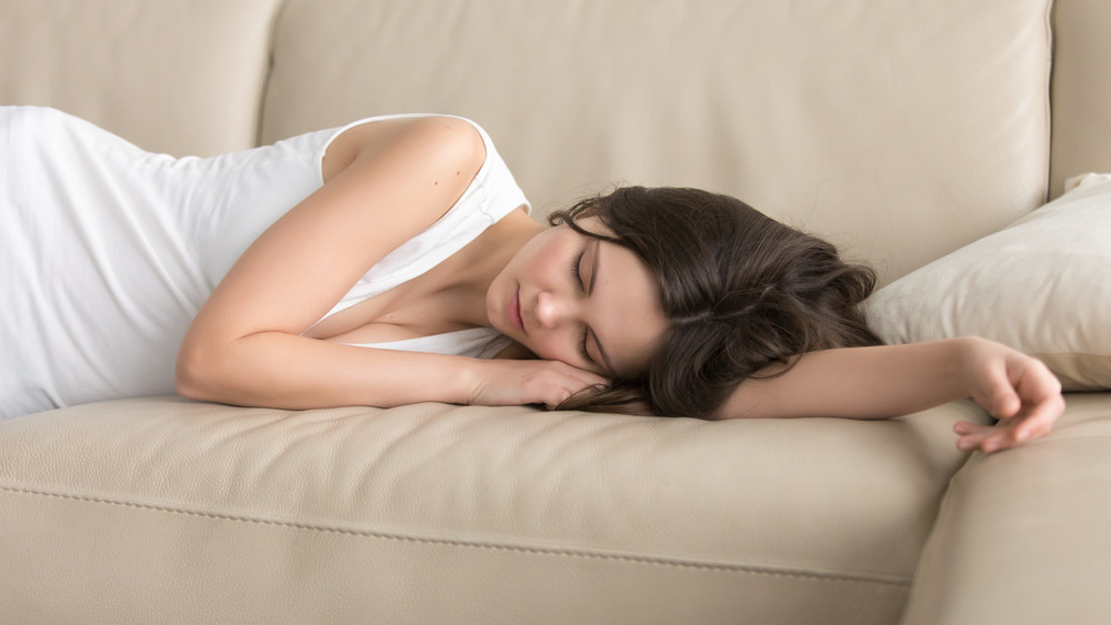 Bizonyított: egészséges a délutáni szundi, ennyit kéne pihennie mindenkinek napközben