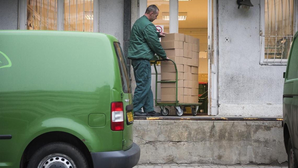 Tömegeket keres a Posta: ezekben a városokban a legsúlyosabb a helyzet