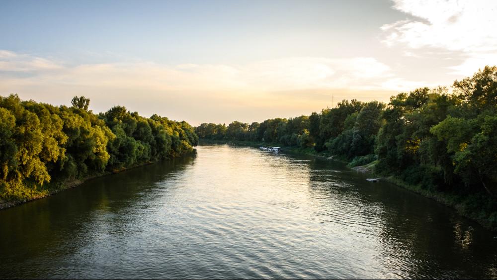 Határon átívelő gigaberuházás: így javítanák a Tisza vízminőségét