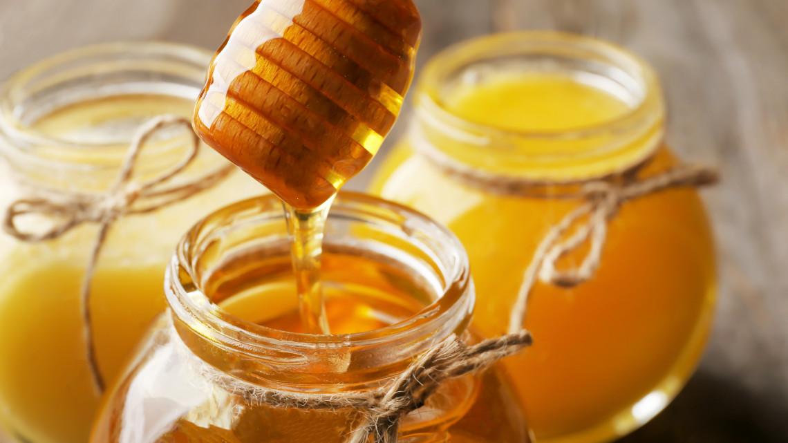 Veszélyben a magyar méz: ha ez így folytatódik, bedőlhet az ágazat