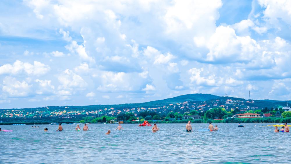A Velencei-tó lesz az új Balaton? Rengeteg támogatást kapnak a szabadstrandok