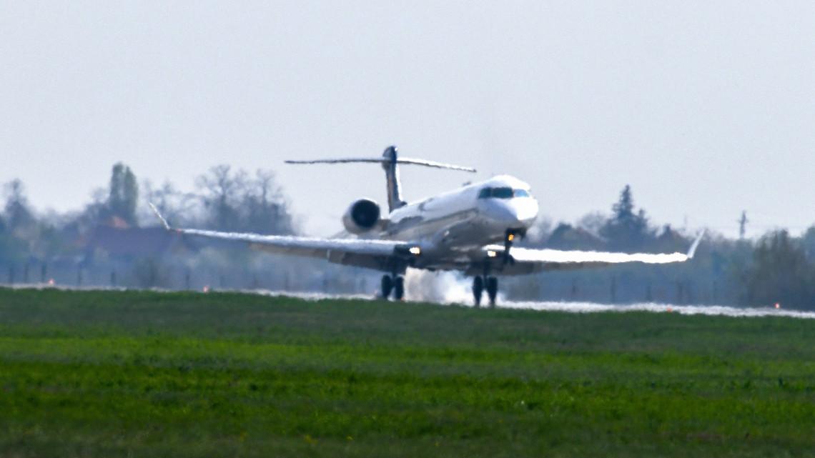 Rengetegen utaznak repülővel Debrecenből: a város új terminált épít