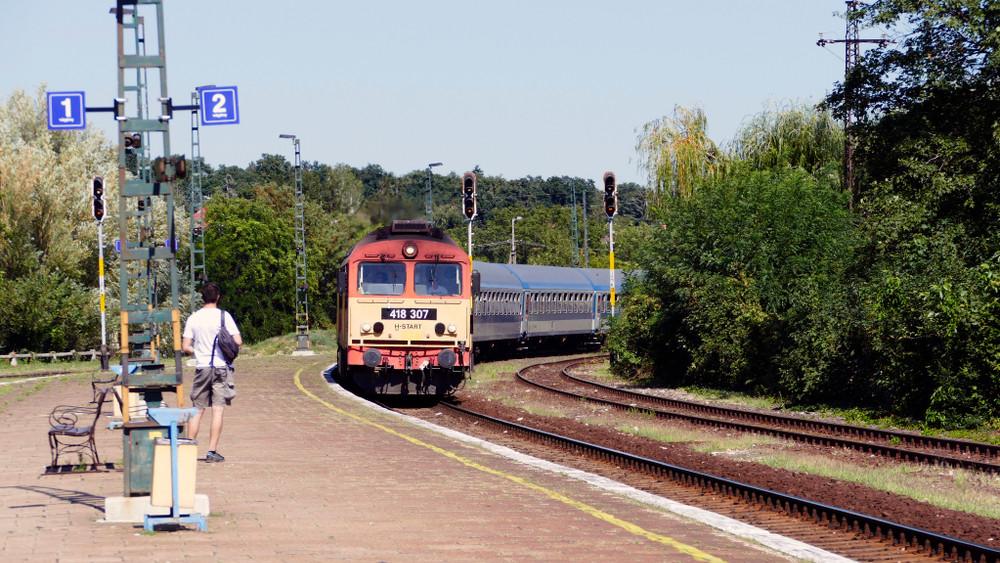 Új vasútállomást kap Debrecen a BMW-gyár miatt: ilyen lesz