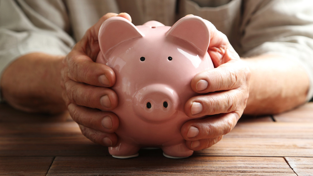 Hamarosan pluszpénz üti a nyugdíjasok markát: itt vannak a részletek