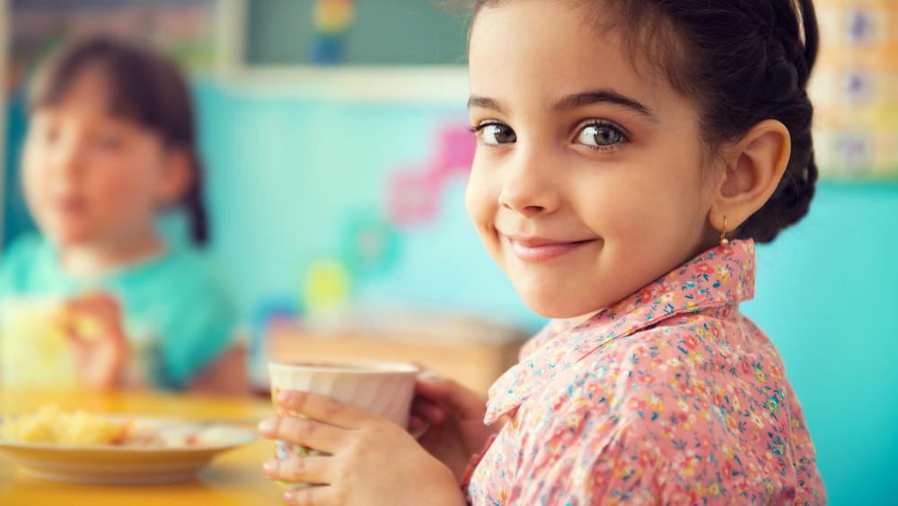 Idén sem maradnak éhesek a gyerekek: itt vannak a részletek a ingyenes gyermekétkeztetésről