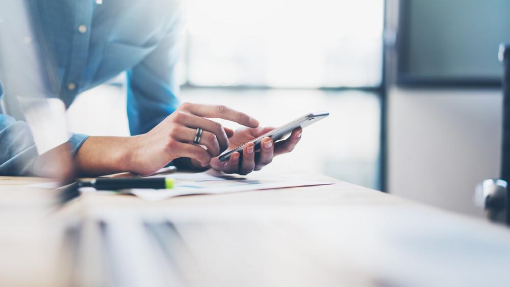 Adatokat csaltak ki: több száz mobilt lopott el a gyöngyösoroszi társaság