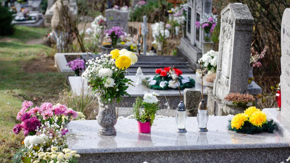 Figyelmeztetés: lesben állnak a fosztogatók a temetőknél, erre vigyázz!