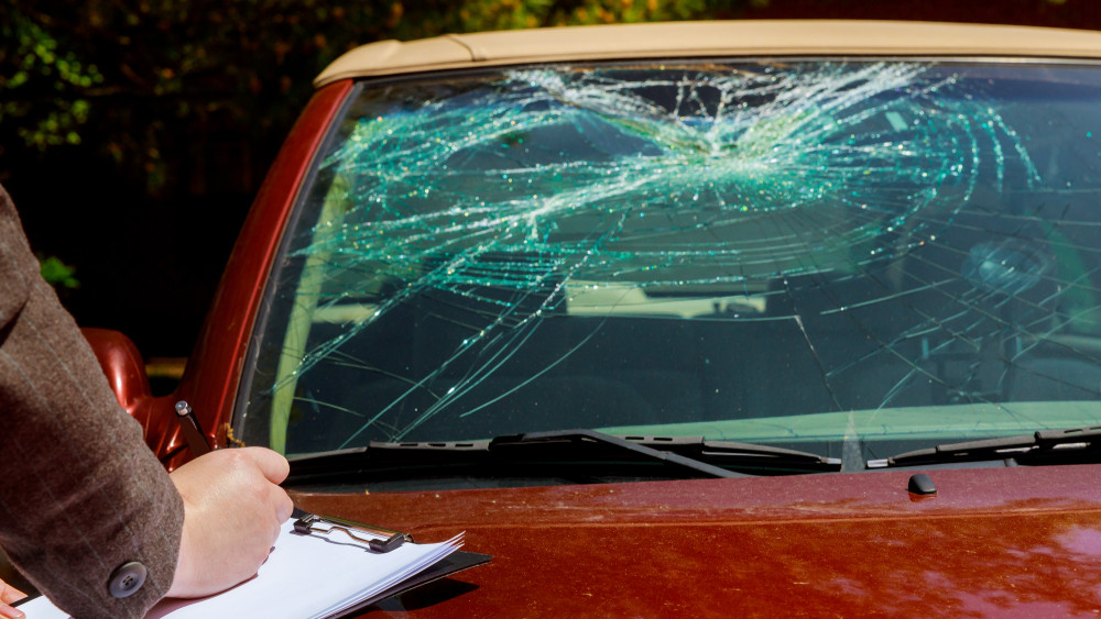 Autósok, figyelem: ha megszegjük a szabályokat elúszik a kártérítés