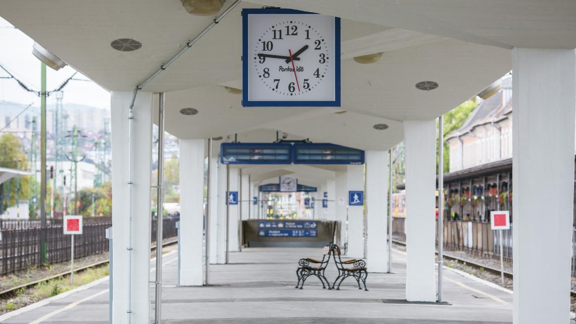 Sokan vártak már erre: megszépült a leglepukkantabb magyar vasútállomás