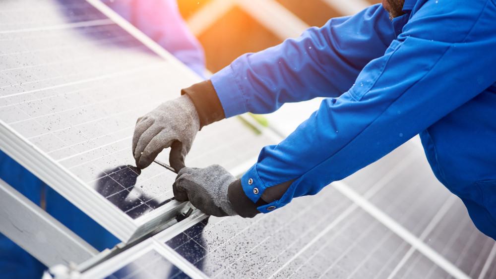 Megtörtént az átadás: napelemparkkal bővült Környe