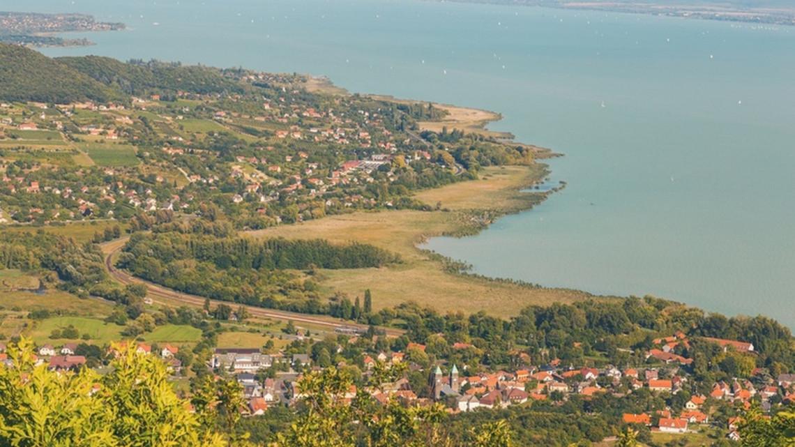 Elárulta Laposa Bence, mi a Balaton legnagyobb problémája