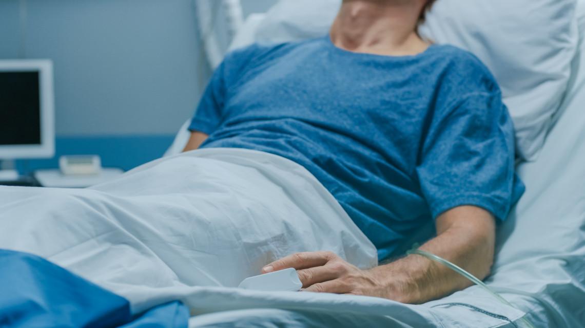 Veszélyben az idősek: egyre több ilyen beteg lehet a következő években