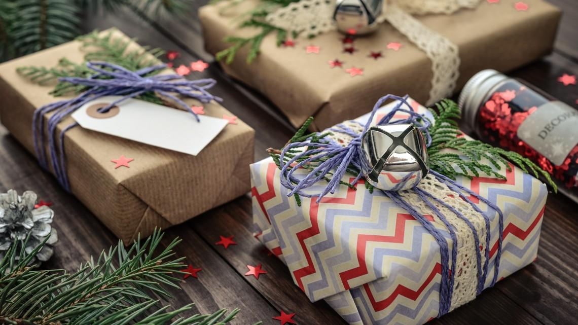 Milliárdokat költünk karácsonyi ajándékokra: így szórják a pénzt a magyarok