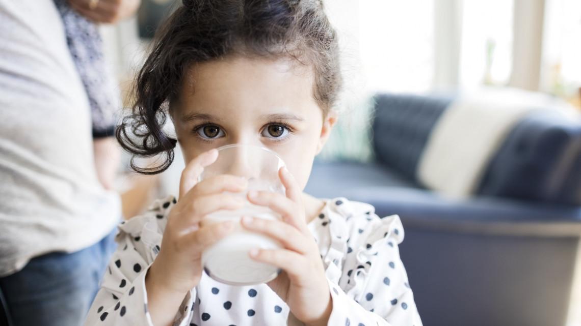 Meglepő dolog derült ki a sovány tejről: ezt nem árt tudnod, ha te is iszod