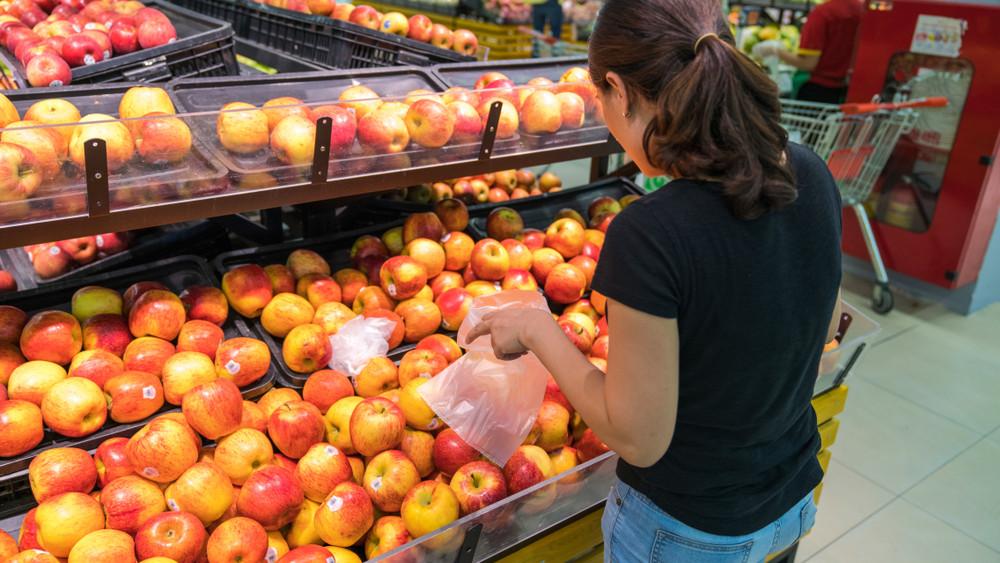 Áruház vagy piac: mutatjuk, mit és hol érdemes vásárolni