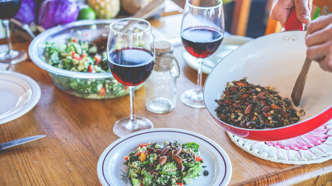 Ne költs egy vagon pénzt a vegán ételekre: így kerüljön minél több növényi fogás az asztalodra