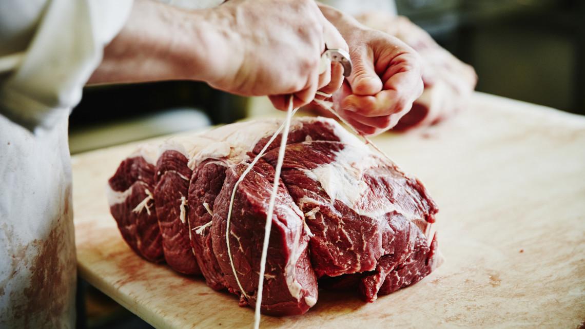 Ettől a vegetáriánusok padlót fognak: mégis kell a szervezetnek a vörös hús?