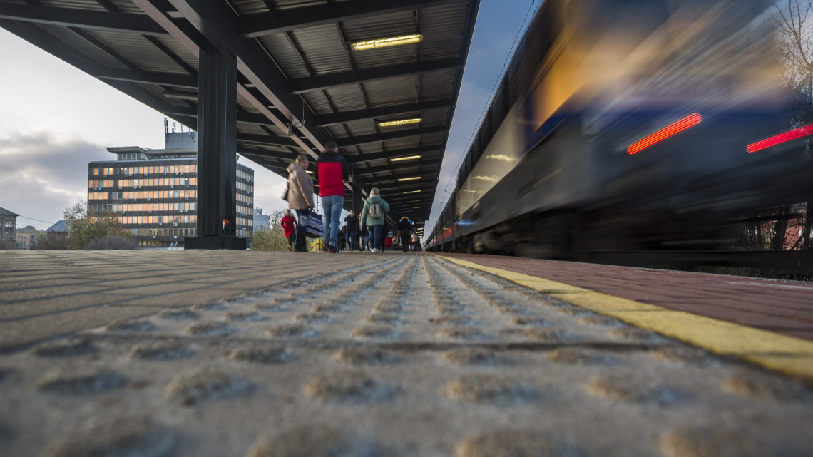 Fontos dátum közeleg: így módosul a vonatmenetrend decemberben