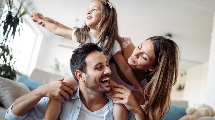 Szülők, figyelem: megjelent a családtámogatások meghosszabbításáról szóló rendelet