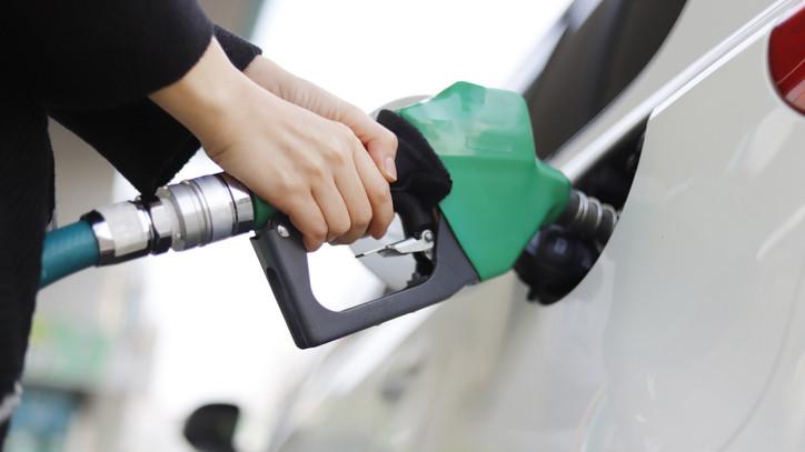 Bejelentették: januártól ezzel tankolhatod az autódat