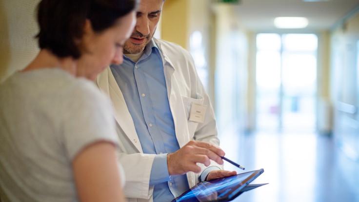 Átadták: új kutatólaboratórium jött létre az Országos Onkológiai Intézetben