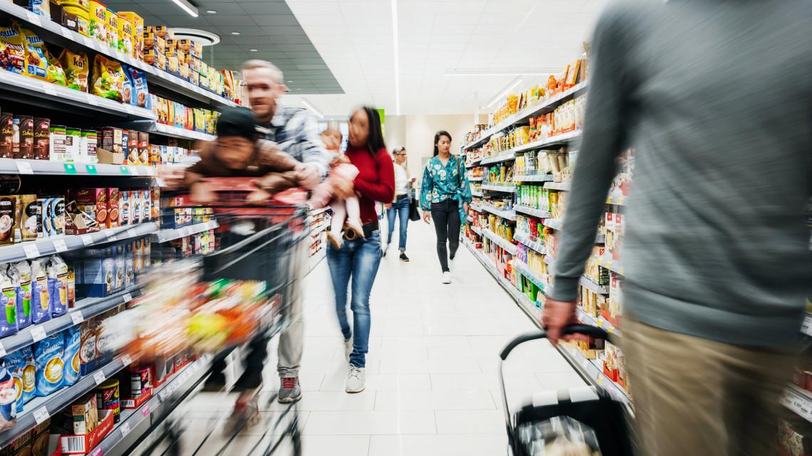 Sztrájkhullám várható év elején: rengeteg bolt zárhat be