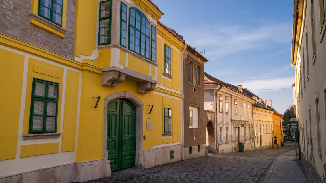 Székesfehérváron hasít az ingatlanpiac: ennyibe kerül most egy ingatlan a megyeszékhelyen