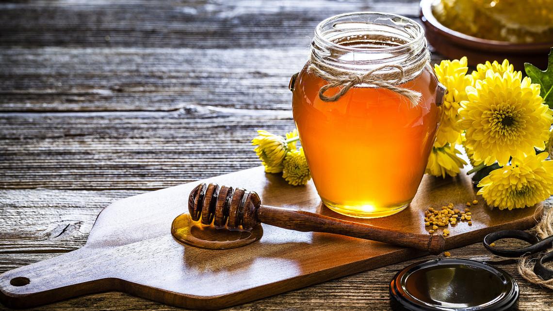 Ez a legfinomabb méz most Magyarországon: mutatjuk a toplistás termékeket