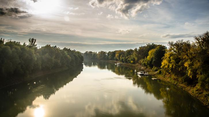 Töltések kerültek veszélybe: árvízvédelmi beruházások kezdődnek a magyar folyókon
