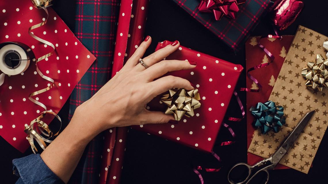 Íme, az idei karácsony slágertermékei: ezeket az ajándékokat veszik most a magyarok