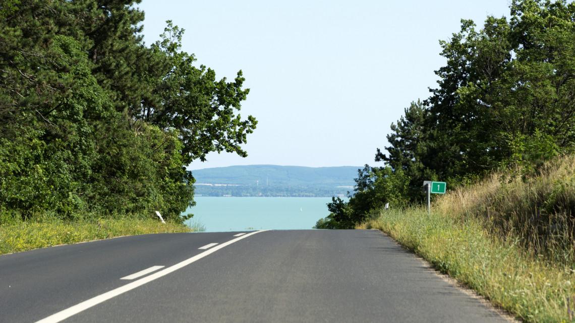 Régóta vártak erre az autósok: új gyorsforgalmi utat adtak át Somogyban