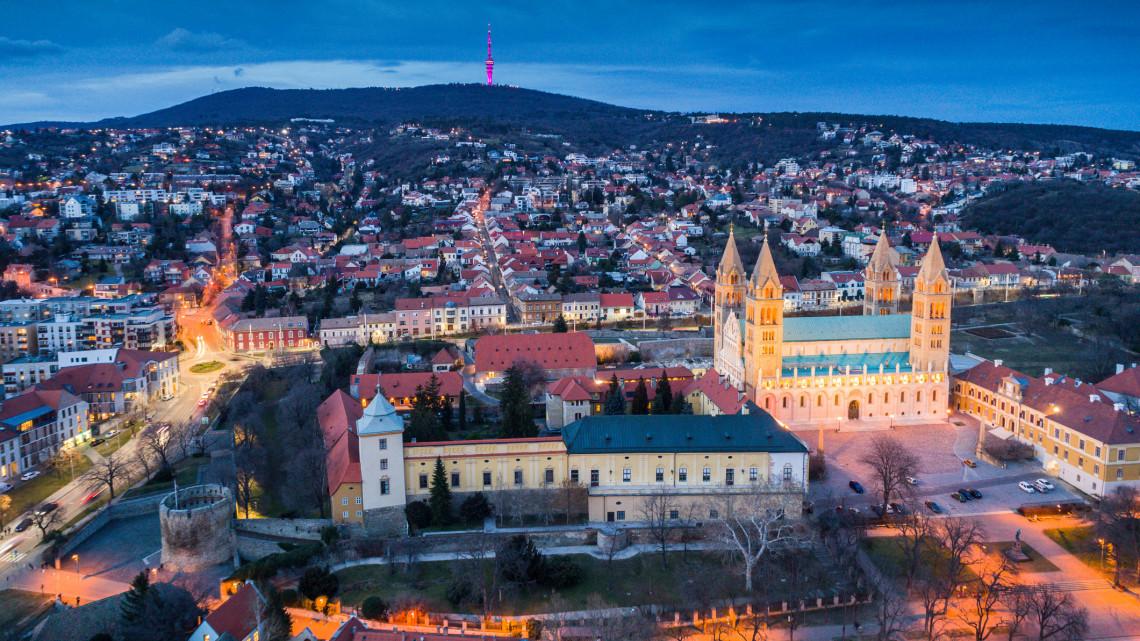 9 évig készült ez a csodálatos videó Pécsről: ezt mindenkinek látnia kell