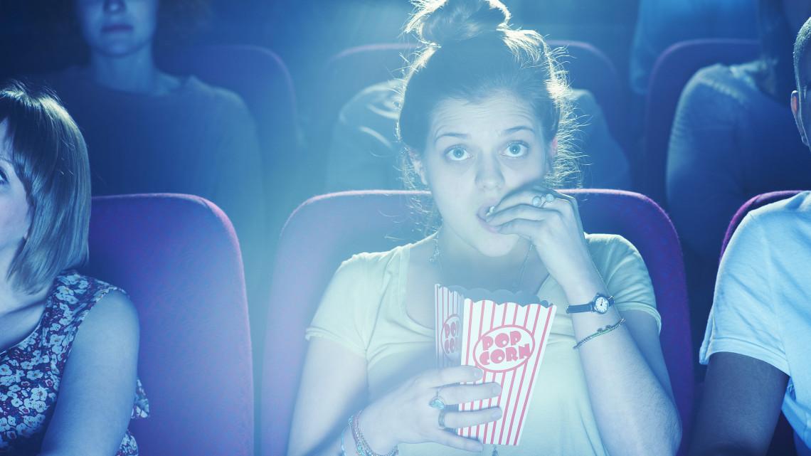Legendás mozi újult meg: megvan az időpont, mikor nyit újra a szegedi Belvárosi mozi