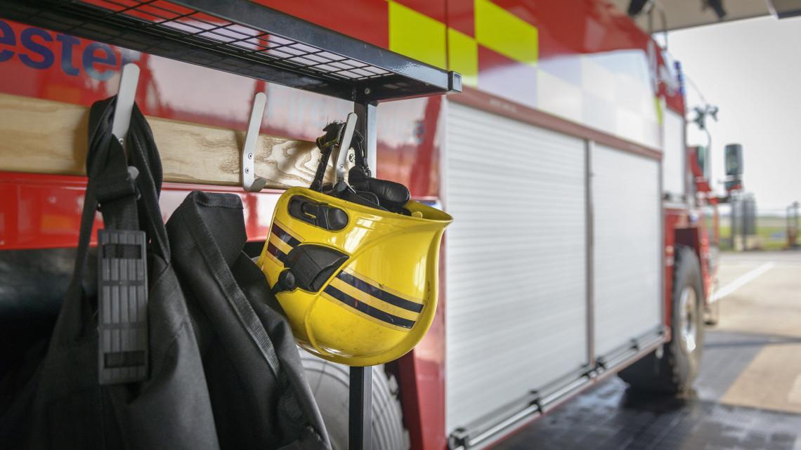 Óriási munkaerőhiány tombol a tűzoltóságokon: ezért nem vonzó ez a szakma