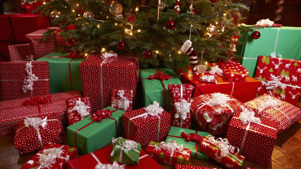 Zokni helyett már ez a slágerajándék: egyre többen adják ezt karácsonyra
