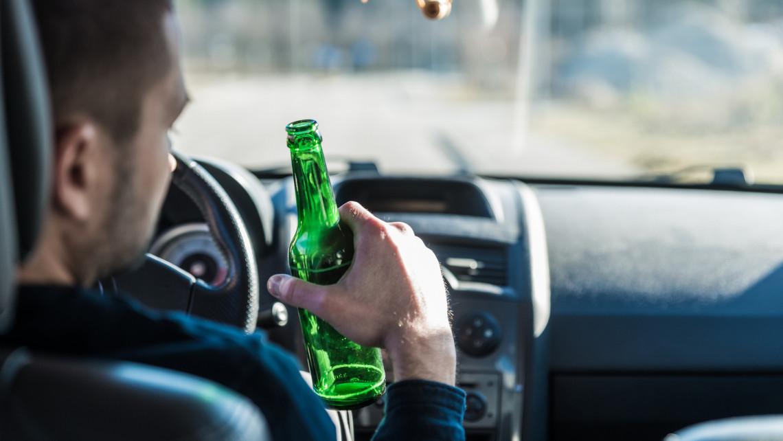Részeg autósok a magyar utakon: ezekben a megyékben okozzák a legtöbb balesetet