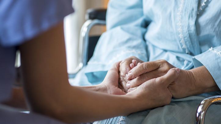 Szorult helyzetben a magyar egészségügy: közel 25 ezer ápolóra lenne szükség