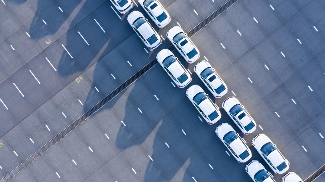 Új rendszer az autósoknak: elfogynak a rendszámok 2025-re?