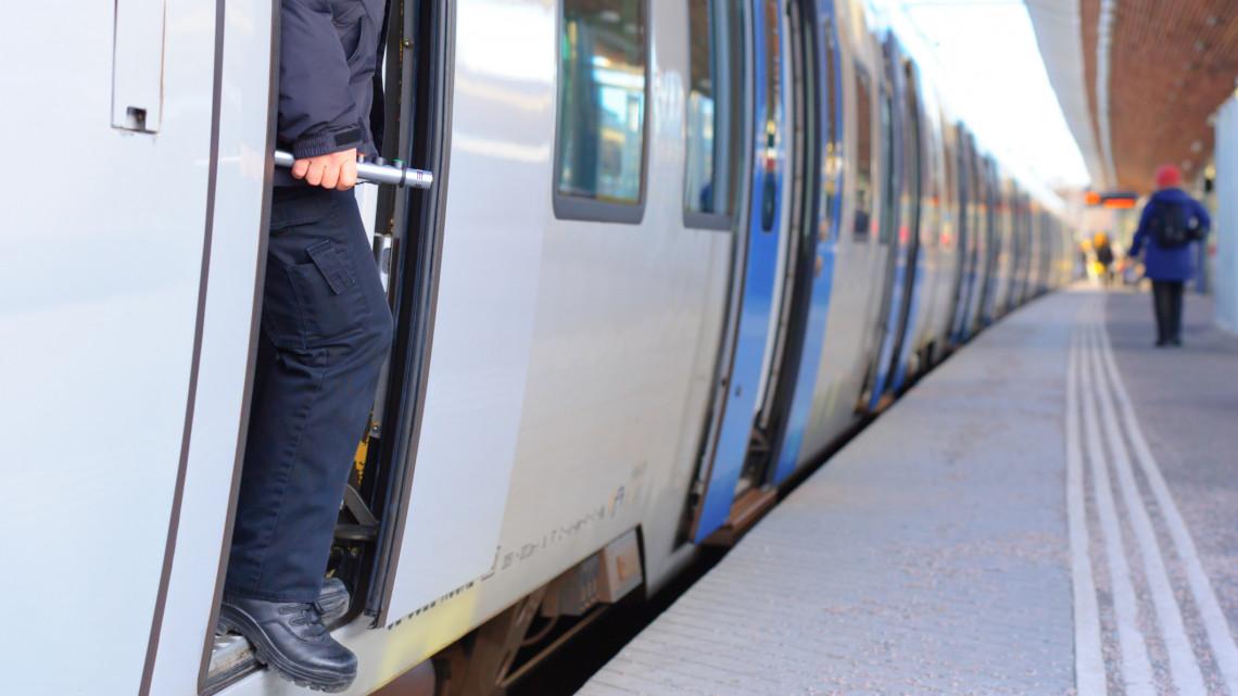 Biztonságban a vonatokon: jól szerepelnek a MÁV testkamerái