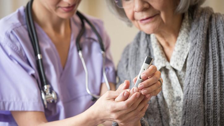 Jó hír a családoknak:  már elérhető az 1-es típusú diabétesszel élők támogatása