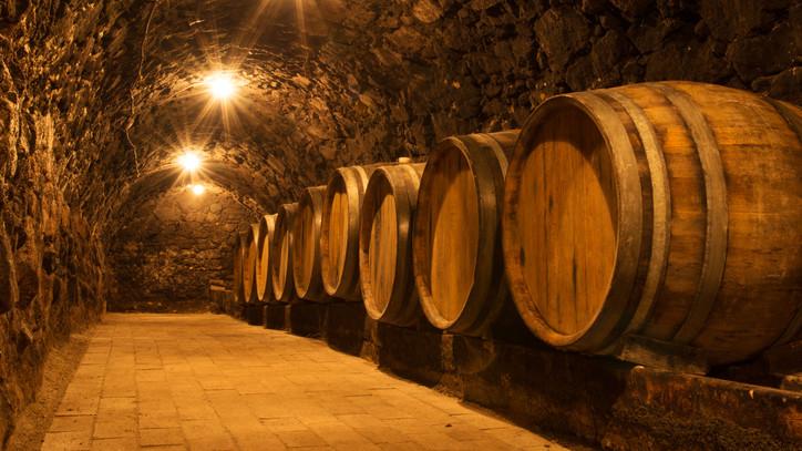 Jó évet zártak a borászok: ez a magyar bor lett az év legdrágább itala