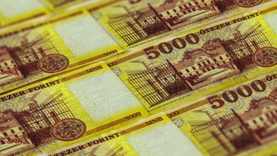 Betett a sertéspestis és az üzemanyag-drágulás: jól megugrott az infláció
