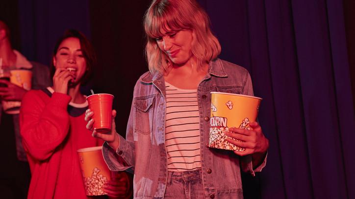 Megnyitott a legnagyobb balatoni mozi: mutatjuk, hol érdemes filmezni a nyáron