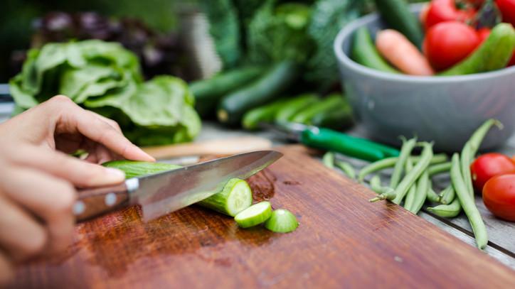 Erre kevesen számítottak: ezt történik a testeddel, ha rendszeresen eszel uborkát